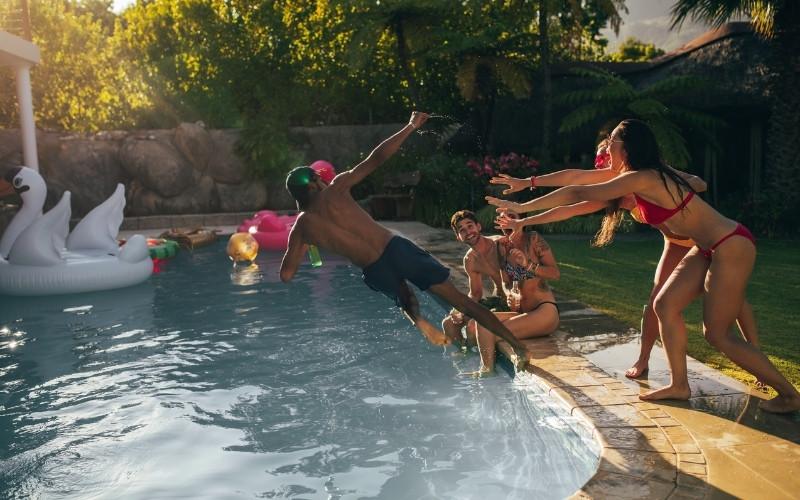 Hookah pool party